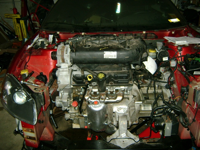 Engine on 2007 chrysler sebring intake manifold